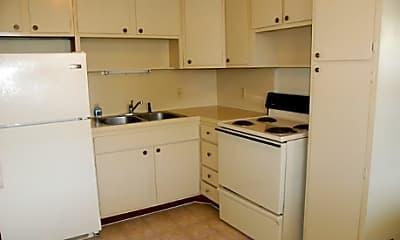 Colony Apartments, 2