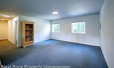Living Room, 18410 Butternut Rd, 1