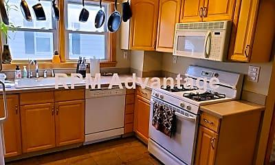 Kitchen, 925 Mohawk Ave, 1