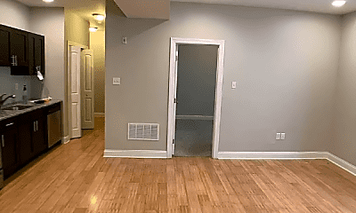 Living Room, 331 N 40th St, 1