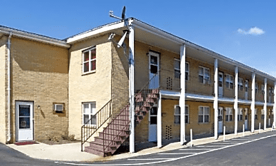 Building, 4425 Talmadge Rd, 2