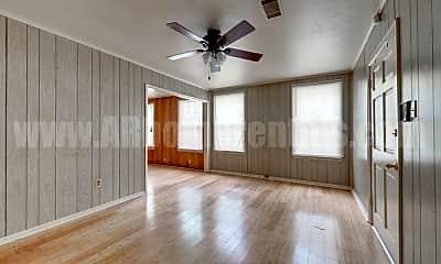Living Room, 2702 S Tyler St, 0