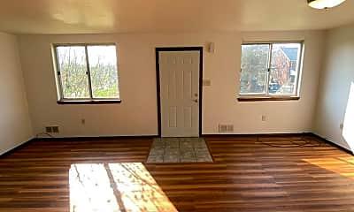 Living Room, 5401 Wilson Ct, 0