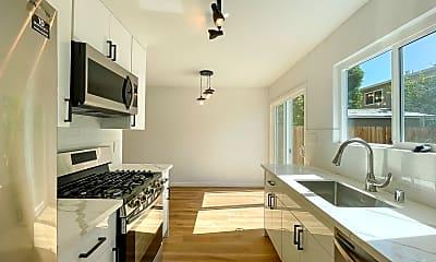 Kitchen, 1638 Seventh St, 0