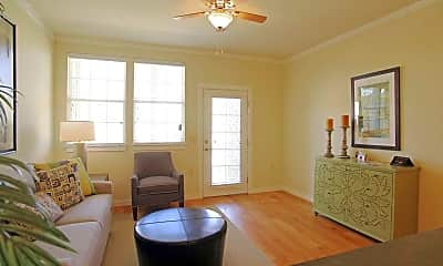Living Room, Traditions at Westmoore Apartments, 1