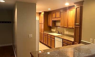 Kitchen, 528 Godfrey Ln, 1