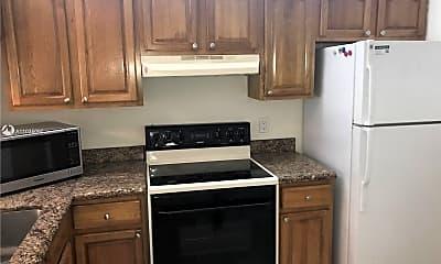 Kitchen, 6796 Palmetto Cir S 101, 1