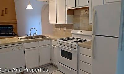 Kitchen, 2082 Pinecone Way, 1