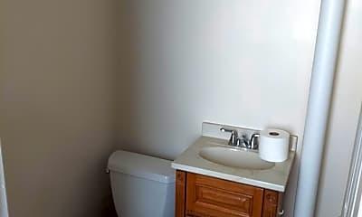 Bathroom, 220 Greenwich St, 2
