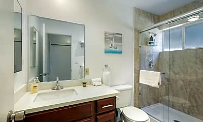 Bathroom, 431 Richmond Dr, 1