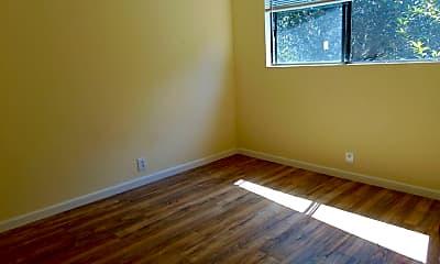 Bedroom, 124 Benson Ave, 2