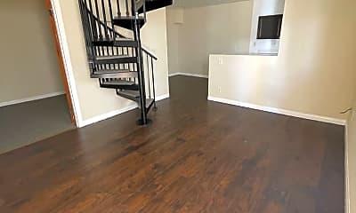 Living Room, 112 N Croft Ave, 2