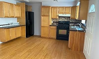 Kitchen, 16 Cottonwood Ct, 2