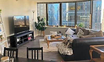 Living Room, 600 N McClurg Ct, 1