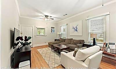 Living Room, 747 United Ave Se, 2