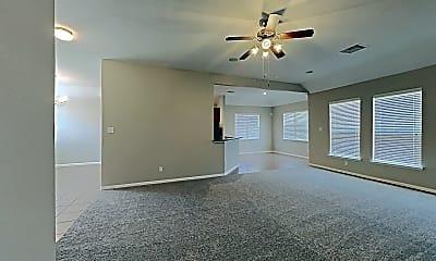 Living Room, 21663 Horseshoe Dr, 1