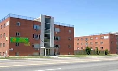 Fitz Apartments, 2