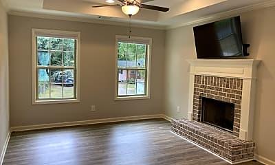 Living Room, 250 Lumpkin St., 1