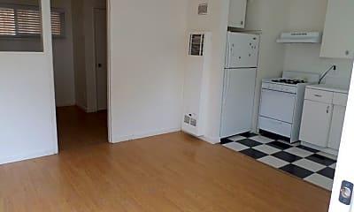 Bedroom, 670 Boyd St, 0