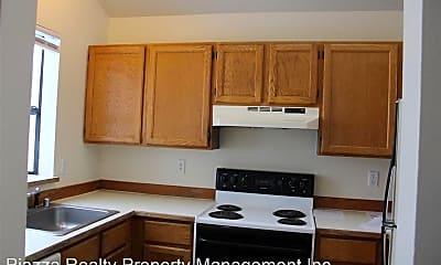 Kitchen, 903 S 22nd Ct, 1