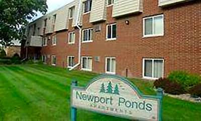 Newport Ponds Apartments, 0