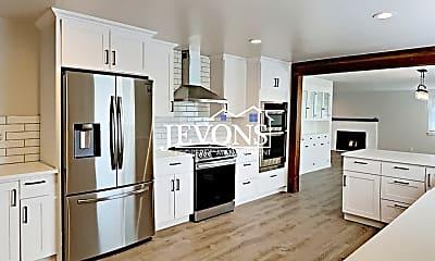 Kitchen, 4615 S Ferdinand St, 1