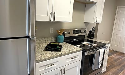 Kitchen, 1515 Lincoln Ave, 2