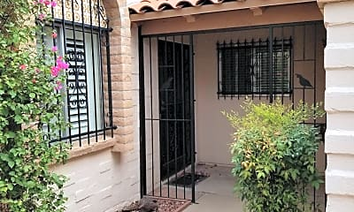 Building, 4115 E La Cienega Dr, 1