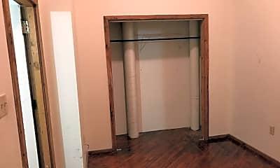 Bedroom, 451 W High St, 2