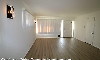 Living Room, 141 College Dr, 1