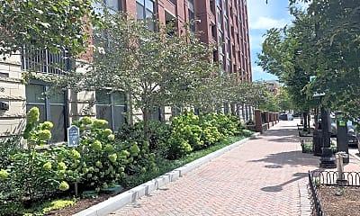 Building, 1021 N Garfield St 145, 2