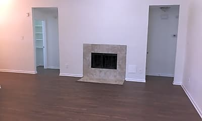 Living Room, 1034 Chase Park Drive, 1