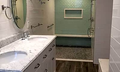 Bathroom, 1470 Commonwealth Avenue, 1
