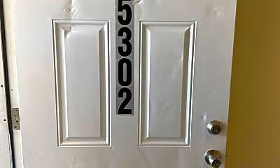 Bathroom, 5302 Maple Ave, 1