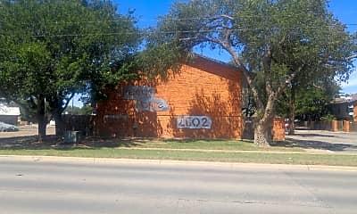 Pecos Pointe, 1