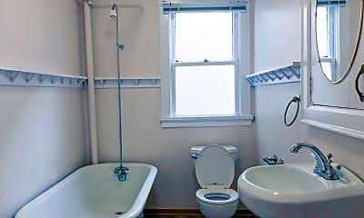 Bathroom, 606 19th Ave E, 2