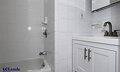 Bathroom, 6 Jones St, 2