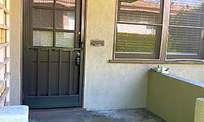 Patio / Deck, 1133 N Verdugo Rd, 1