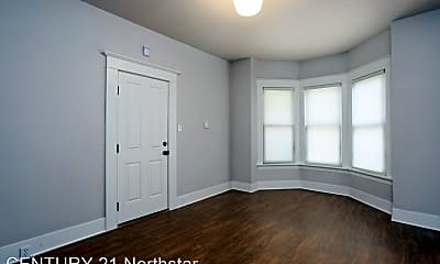 Bedroom, 16 NE Graham St, 1