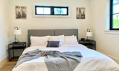 Bedroom, 545 Oxford Ave, 1