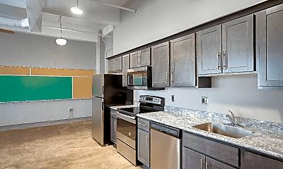 Kitchen, 1009 Highland Ave, 1