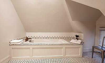 Bathroom, 688 3rd Ave, 2