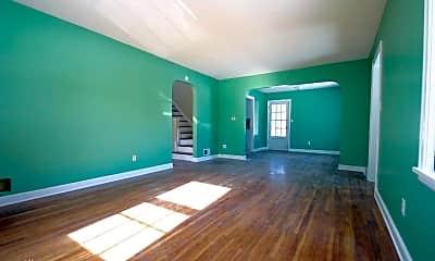 Living Room, 27 9th Ave NE, 1