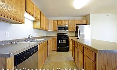 Kitchen, 505-511 36th Ave. NE/3701-3707 6th St. NE, 1