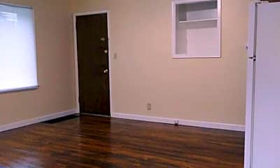 Living Room, 401 N Longwood St, 1