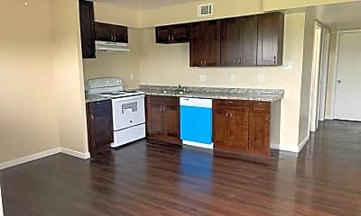 Kitchen, 910 Main St, 1