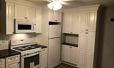 Kitchen, 157 Forest Ave 1, 0
