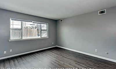 Living Room, 3009 E Wilma St, 1
