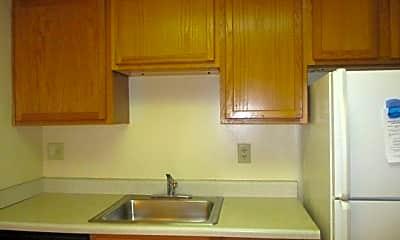 Kitchen, 516 Rebecca Ave, 1