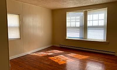 Living Room, 130 N Hanover St, 1